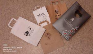 Druk reklamowy na torbach papierowych